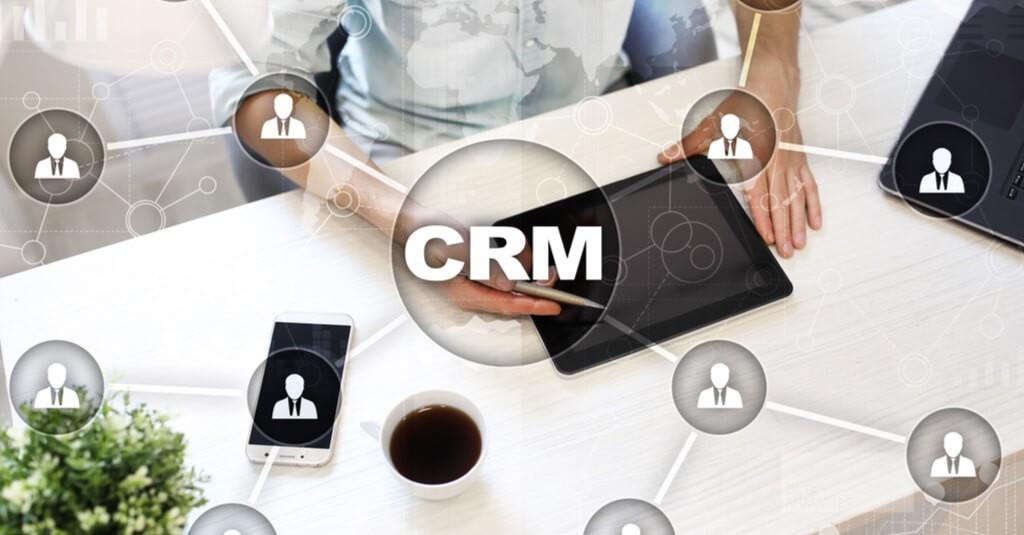 Co to jest CRM i jakie funkcjonalności powinien mieć system CRM w firmie